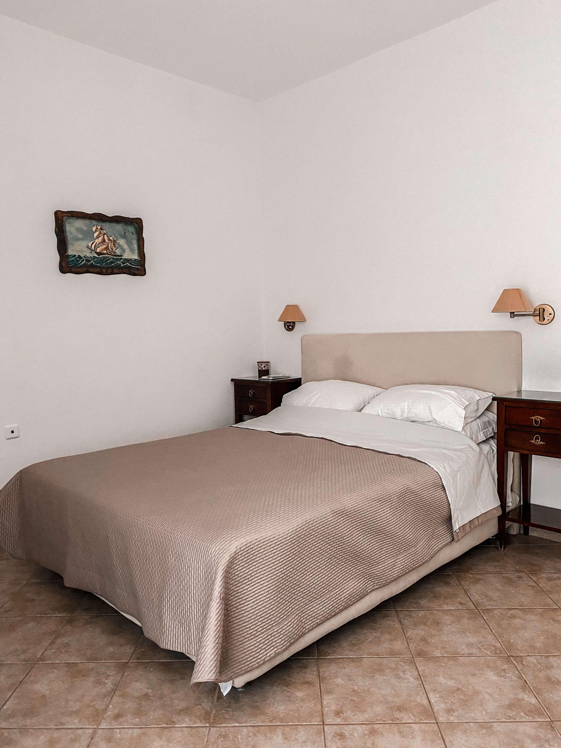 Tsaknos-apartment-1